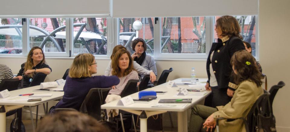 programa-desarrollo-mujeres-directivas-eoi